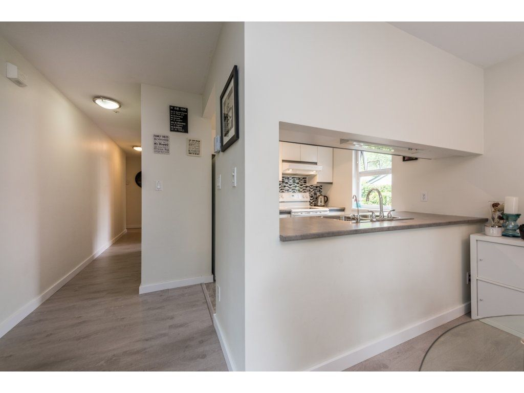 Photo 9: Photos: 1 2120 CENTRAL AVENUE in Port Coquitlam: Central Pt Coquitlam Condo for sale : MLS®# R2180338