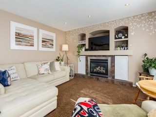 Photo 5: 17 ROYAL ELM Way NW in Calgary: Royal Oak Detached for sale : MLS®# A1034855
