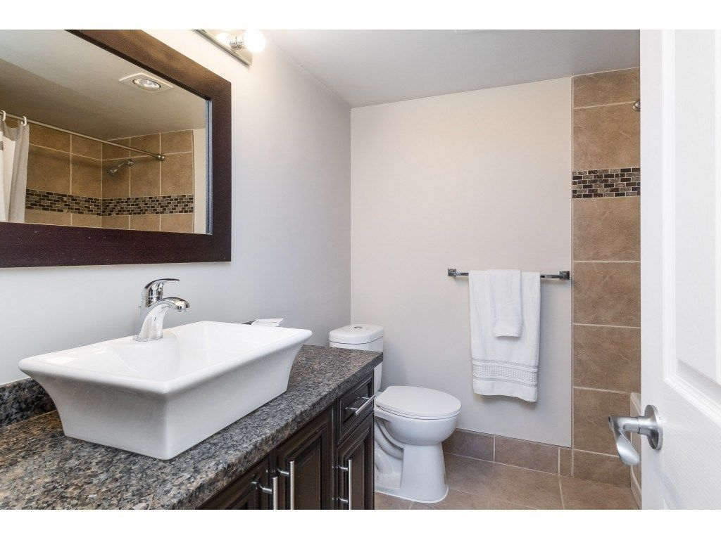 """Photo 20: Photos: 113 33400 BOURQUIN Place in Abbotsford: Central Abbotsford Condo for sale in """"Bakerview Place"""" : MLS®# R2523982"""