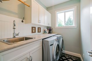 """Photo 10: 16372 25 Avenue in Surrey: Grandview Surrey House for sale in """"Morgan Heights"""" (South Surrey White Rock)  : MLS®# R2407040"""