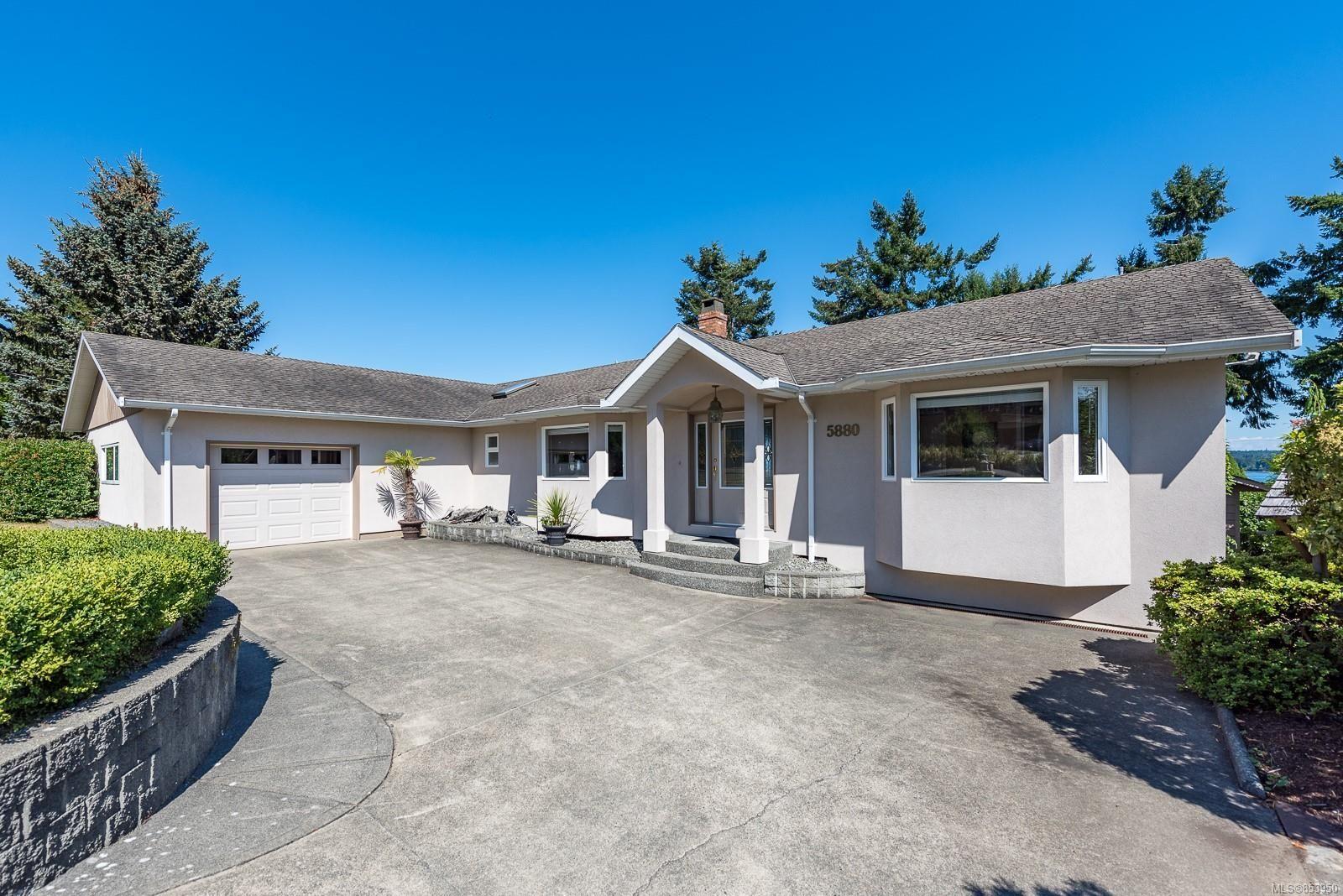 Photo 2: Photos: 5880 GARVIN Rd in : CV Union Bay/Fanny Bay House for sale (Comox Valley)  : MLS®# 853950