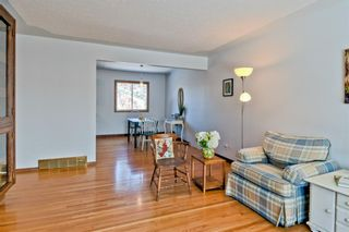 Photo 6: 105 Langton Drive SW in Calgary: North Glenmore Park Detached for sale : MLS®# A1066568