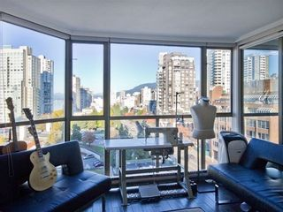 Photo 2: 1107 888 PACIFIC Street in Vancouver West: Yaletown Home for sale ()  : MLS®# V1033821