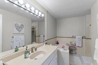 """Photo 13: 10E 6128 PATTERSON Avenue in Burnaby: Metrotown Condo for sale in """"GRAND CENTRAL PARK PLACE"""" (Burnaby South)  : MLS®# R2624784"""