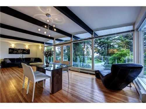 Main Photo: 4138 BURKEHILL Road in West Vancouver: Home for sale : MLS®# V1030215