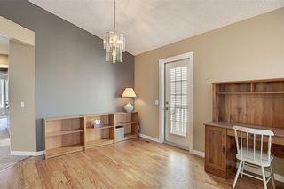 Photo 10: 159 HIDDEN GR NW in Calgary: Hidden Valley House for sale : MLS®# C4293716