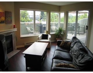 Photo 2: 109 3280 W BROADWAY Avenue in Vancouver: Kitsilano Condo for sale (Vancouver West)  : MLS®# V729261