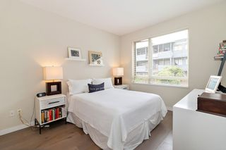 """Photo 12: 108 139 W 22ND Street in North Vancouver: Central Lonsdale Condo for sale in """"Anderson Walk"""" : MLS®# R2402115"""
