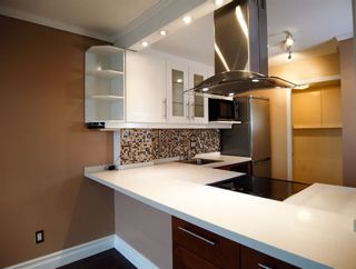 Photo 1: 1206 1188 RICHARDS Street in Vancouver: Yaletown Condo for sale (Vancouver West)  : MLS®# R2512783