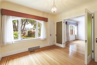"""Photo 7: 2356 KITCHENER Street in Vancouver: Grandview Woodland House for sale in """"Commercial Drive/Grandview"""" (Vancouver East)  : MLS®# R2592334"""