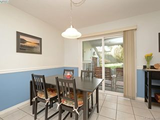 Photo 5: 11 1950 Cultra Ave in SAANICHTON: CS Saanichton Row/Townhouse for sale (Central Saanich)  : MLS®# 779044