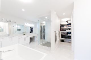 Photo 25: 6918 JOHNNIE CAINE Way in Edmonton: Zone 27 House for sale : MLS®# E4240856