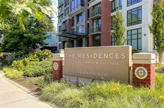 """Photo 2: 604 301 CAPILANO Road in Port Moody: Port Moody Centre Condo for sale in """"RESIDENCES AT SUTER BROOK"""" : MLS®# R2094618"""