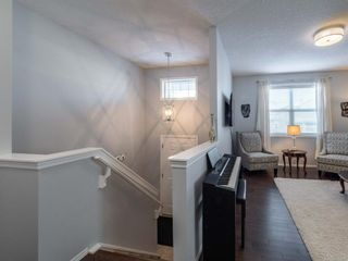 Photo 2: 33 Nolanfield Manor NW in Calgary: Nolan Hill Detached for sale : MLS®# A1056924