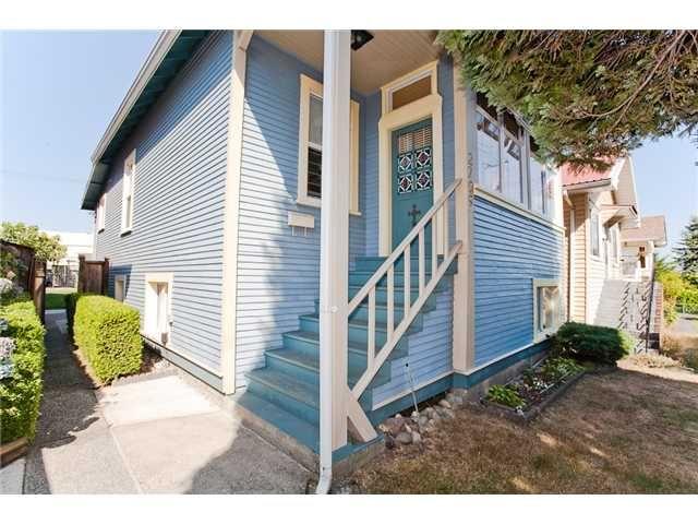 Main Photo: 2709 E PENDER Street in Vancouver: Renfrew VE House for sale (Vancouver East)  : MLS®# V908611