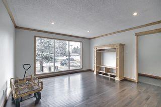 Photo 5: 4527 26 Avenue SE in Calgary: Dover Semi Detached for sale : MLS®# A1105139