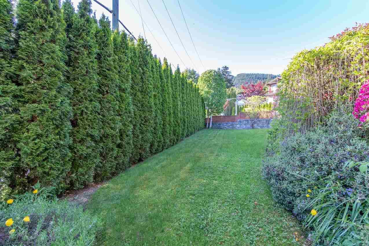 Photo 37: Photos: 385 MONTERAY Avenue in North Vancouver: Upper Delbrook House for sale : MLS®# R2582994