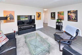 Photo 7: 3386/3390 Veteran St in VICTORIA: SE Mt Tolmie Full Duplex for sale (Saanich East)  : MLS®# 834043