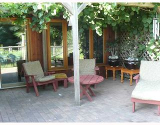 Photo 2: 6413 SAMRON Road in Sechelt: Sechelt District House for sale (Sunshine Coast)  : MLS®# V778983
