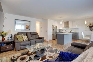 Photo 4: 1004 Everridge Drive SW in Calgary: Evergreen Detached for sale : MLS®# A1149447