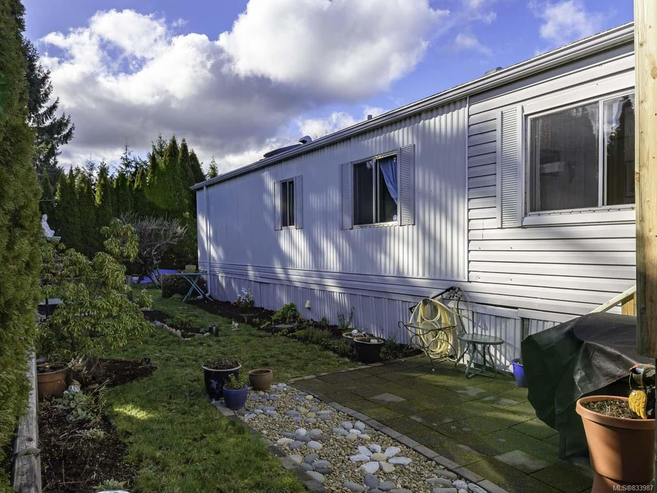 Photo 30: Photos: 64 390 Cowichan Ave in COURTENAY: CV Courtenay East Manufactured Home for sale (Comox Valley)  : MLS®# 833987