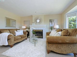 Photo 5: 6680 Rey Rd in VICTORIA: CS Tanner House for sale (Central Saanich)  : MLS®# 792817
