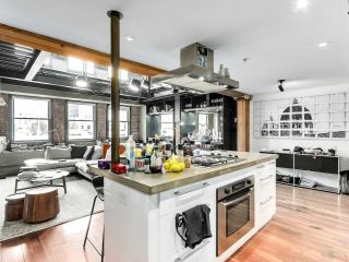 "Photo 12: 501 528 BEATTY Street in Vancouver: Downtown VW Condo for sale in ""BOWMAN LOFTS"" (Vancouver West)  : MLS®# R2549155"