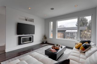 Photo 19: 441 22 Avenue NE in Calgary: Winston Heights/Mountview Semi Detached for sale : MLS®# A1106581