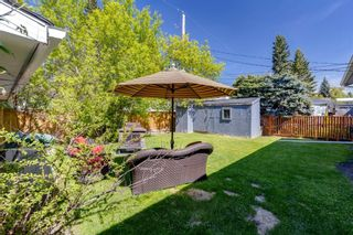 Photo 27: 9 Chisholm Crescent NW in Calgary: Charleswood Detached for sale : MLS®# A1115006