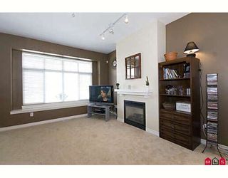 """Photo 2: 42 18839 69TH Avenue in Surrey: Clayton Townhouse for sale in """"Starpoint II"""" (Cloverdale)  : MLS®# F2907067"""