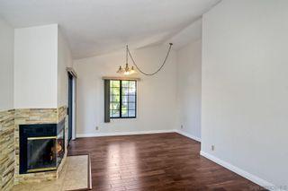 Photo 4: SPRING VALLEY House for sale : 4 bedrooms : 9498 Roseglen Pl