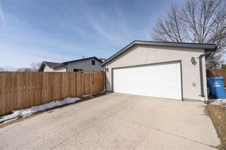 Photo 31: 187 Brixton Bay in Winnipeg: River Park South Residential for sale (2F)  : MLS®# 202104271