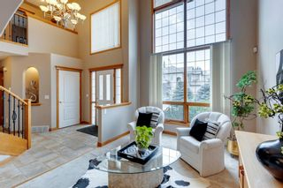 Photo 4: 223 Hampstead Way NW in Calgary: Hamptons Detached for sale : MLS®# A1148033