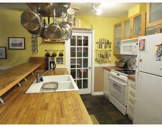 """Photo 2: 314 6893 PRENTER Street in Burnaby: VBSHG Condo for sale in """"VENTURA"""" (Burnaby South)  : MLS®# V713968"""