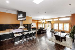 Photo 2: 11860 75A Avenue in Delta: Scottsdale House for sale (N. Delta)  : MLS®# R2503939