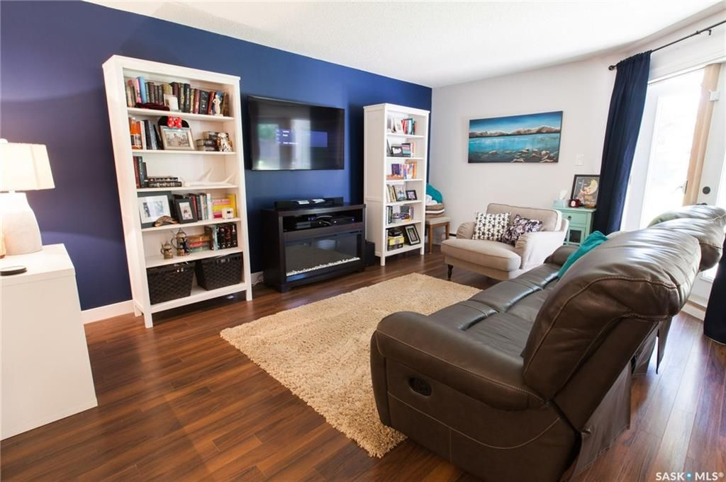 Main Photo: 103 302 Tait Crescent in Saskatoon: Wildwood Residential for sale : MLS®# SK705864