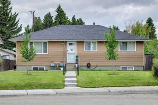 Main Photo: 4517 Fordham Crescent SE in Calgary: Forest Heights Detached for sale : MLS®# A1125088