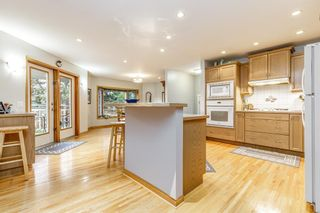 Photo 9: 73 Langton Drive SW in Calgary: North Glenmore Park Detached for sale : MLS®# A1112301
