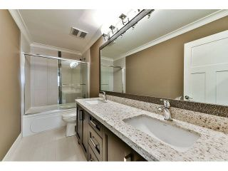 Photo 16: 20955 80A Avenue in Langley: Willoughby Heights House for sale : MLS®# F1438496