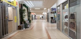 Photo 3: 1518 CENTER ST N.E in CALGARY: Commercial for sale or lease (Calgary)  : MLS®# C4247750