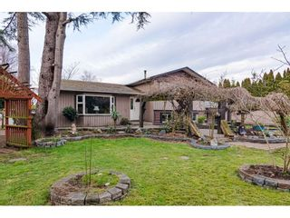 Photo 1: 22169 OLD YALE Road in Langley: Murrayville House for sale : MLS®# R2449578