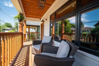 Photo 4: 131 E 27TH Avenue in Vancouver: Main House for sale (Vancouver East)  : MLS®# R2596875