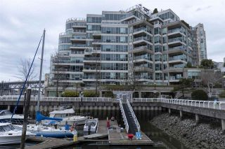 """Photo 21: 404 1600 HORNBY Street in Vancouver: Yaletown Condo for sale in """"YACHT HARBOUR POINTE"""" (Vancouver West)  : MLS®# R2562490"""