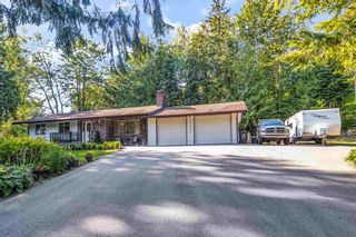 Photo 2: 36241 DAWSON Road in Abbotsford: Abbotsford East House for sale : MLS®# R2600791