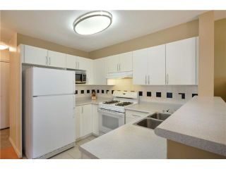 """Photo 4: 306 688 E 16TH Avenue in Vancouver: Fraser VE Condo for sale in """"VINTAGE EAST SIDE"""" (Vancouver East)  : MLS®# V950370"""