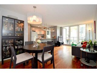 Photo 2: 209 1082 SEYMOUR Street in Vancouver: Downtown VW Condo for sale (Vancouver West)  : MLS®# V963736