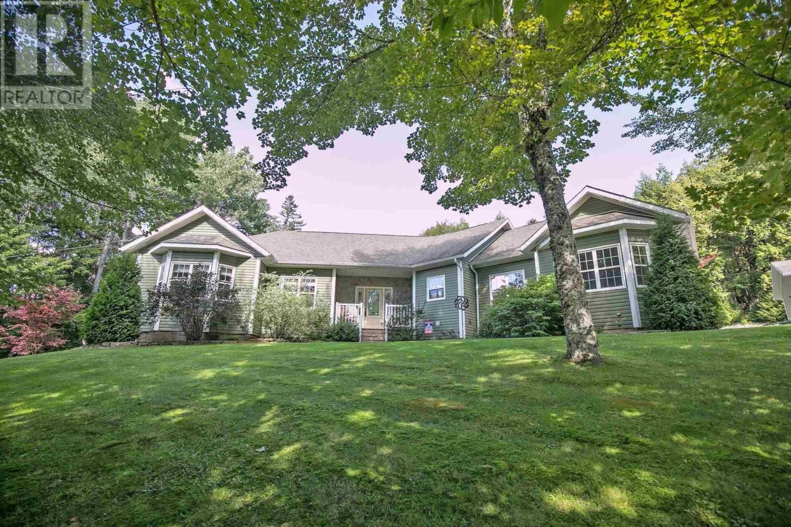 Main Photo: 390 Wyvern Road in Wyvern: House for sale : MLS®# 202123297