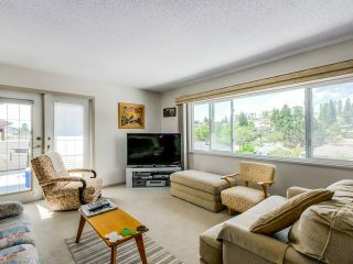 Photo 9: 4765 FAIRLAWN DR in Burnaby: Brentwood Park House for sale (Burnaby North)  : MLS®# V1136537
