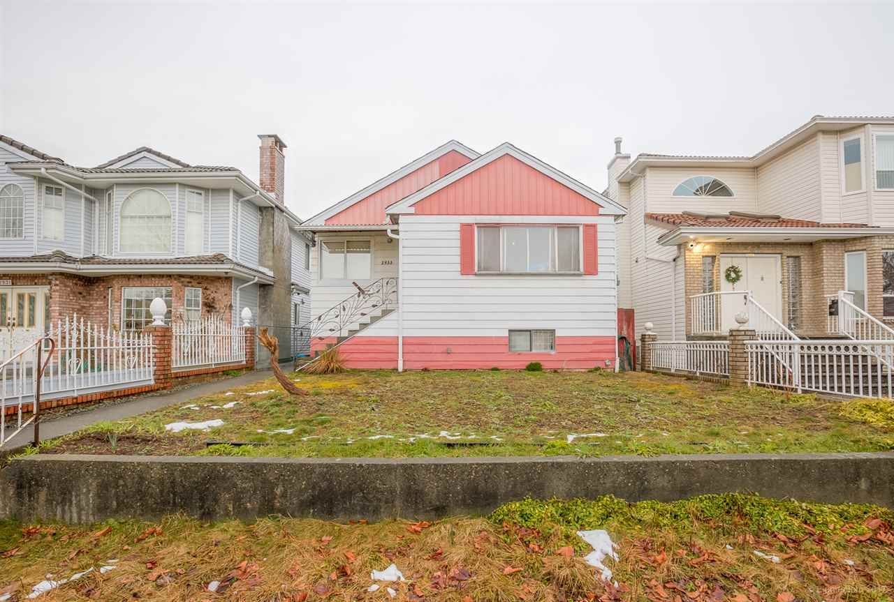Main Photo: 2933 E 43RD Avenue in Vancouver: Killarney VE House for sale (Vancouver East)  : MLS®# R2145638