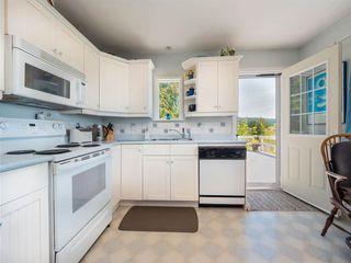 Photo 6:  in Halfmoon Bay: Halfmn Bay Secret Cv Redroofs House for sale (Sunshine Coast)  : MLS®# R2582516